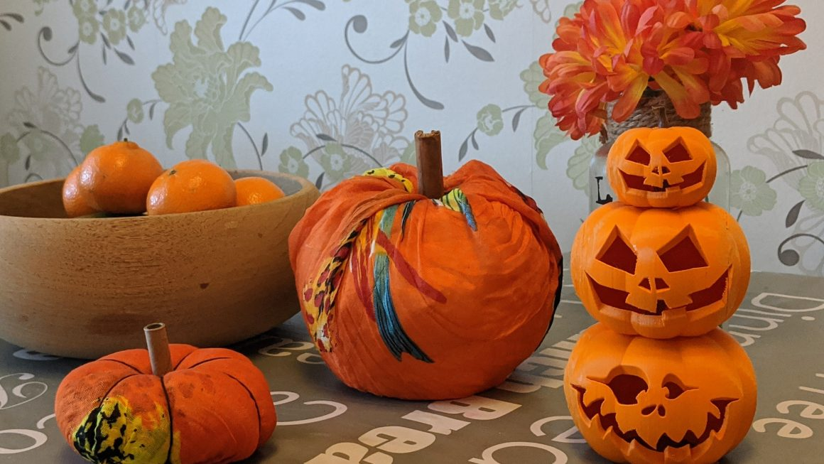 Easy DIY Fabric Pumpkins (2 Ways!)