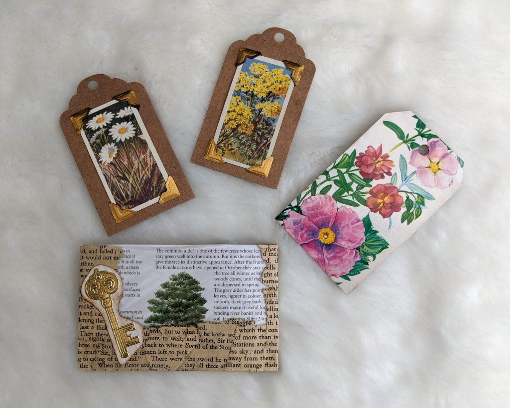 Junk journal tags with pocket